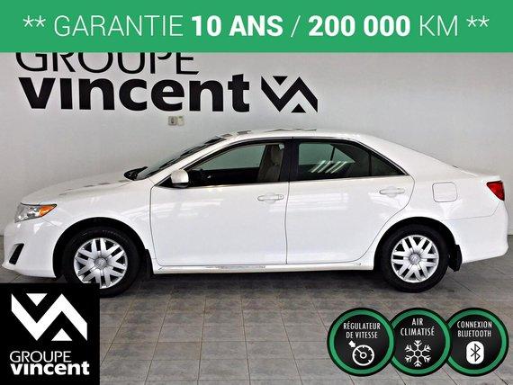 Toyota Camry LE **GARANTIE 10 ANS** 2014