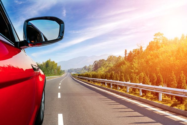 5 essential gadgets for the car this summer