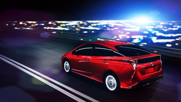 The 2016 Toyota Prius, a redesigned hybrid that is worth seeing!