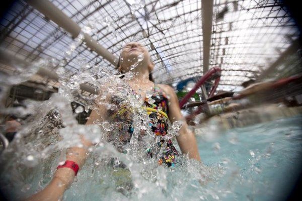 Consider Water Parks for Summer Vacations