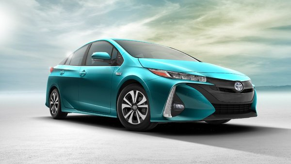 The 2017 Toyota Prius makes its grand debut in Quebec
