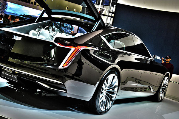hp cadillac auto show york news debut sport new biturbo the v gets