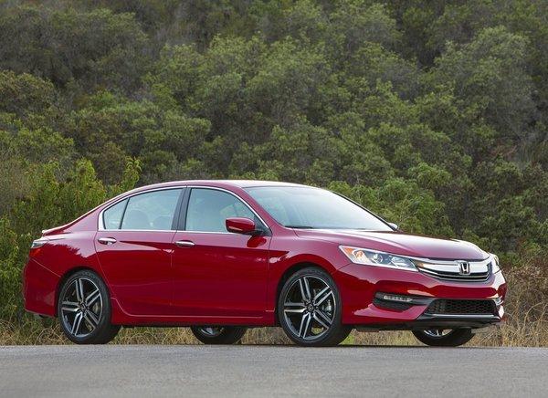 Honda Accord d'occasion : berline intermédiaire fiable