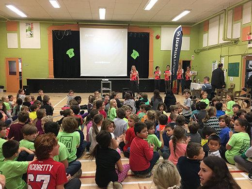 L'équipe Subway-Groupe Vincent remet 26 900$ aux écoles primaires du coin!