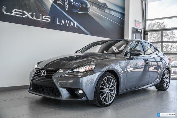 2016 Lexus IS 300 AWD Navigation, Caméra, Cuir, Mags