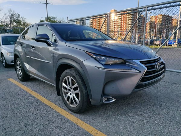 2015 Lexus NX 200t Luxury / Navigation / Toit / Camera / BSM