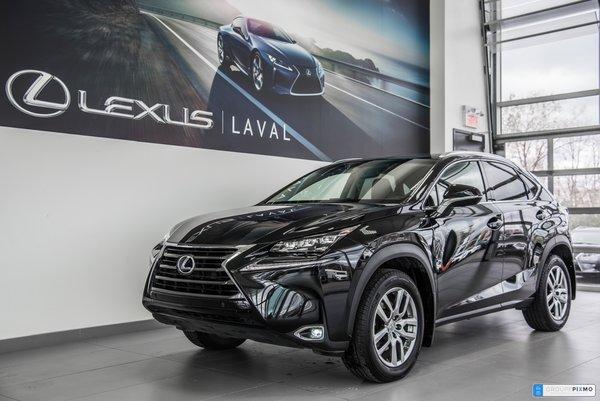 Lexus NX 200t AWD / LUXE / Navigation / Caméra/ Cuir 2017
