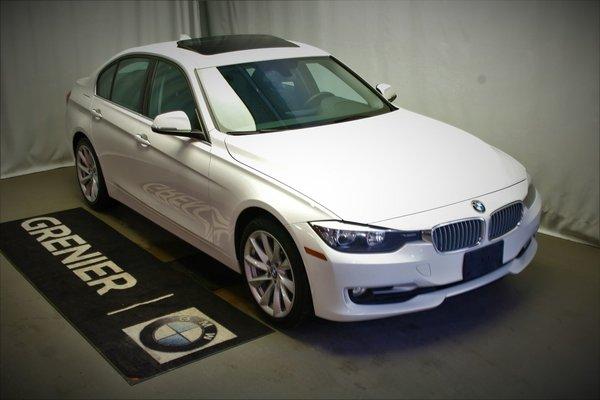BMW 320i xDrive Groupe Moderne, Toit Ouvrant Vitré,Groupe Nav 2014
