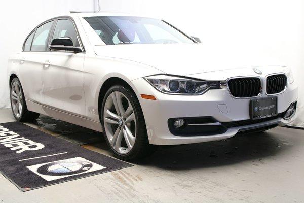BMW 320i xDrive Navigation,Toit.Xénon,Ligne sport.À partir de 0,9% 2015