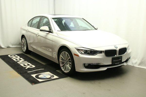 BMW 328i xDrive Navigation, Toit ouvrant, Financement 0.9% 2014