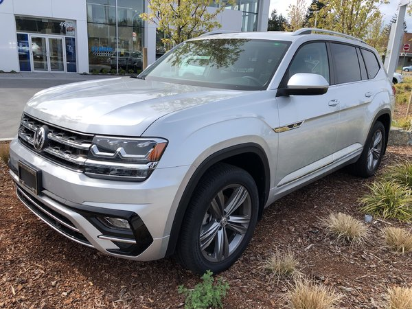 2018 Volkswagen Atlas Highline V6 4Motion w/ R-Line Package