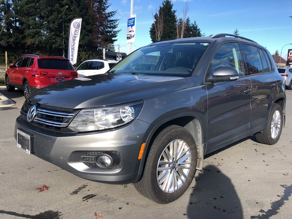 2015 Volkswagen Tiguan Special Edition 4Motion w/ Panoramic Sunroof