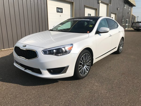 2016 Kia Cadenza Tech **ONE OWNER!!**