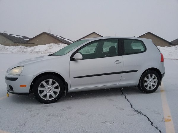 2008 Volkswagen Rabbit 3-Door Hatchback