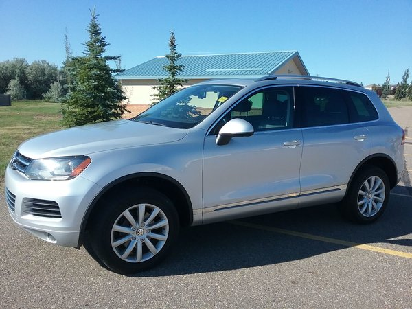 2013 Volkswagen Touareg 3.6L Highline 4Motion