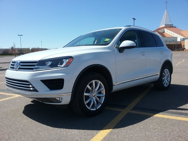 2016 Volkswagen Touareg 3.6L Luxury SUV 4Motion
