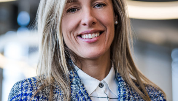 Press Release - Mercedes-Benz Rive-Sud Announces Pascale De Blois as General Manager