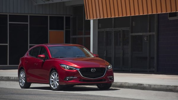 Mazda3 Named #1 on Kelley Blue Book's 2017 10 Coolest Cars