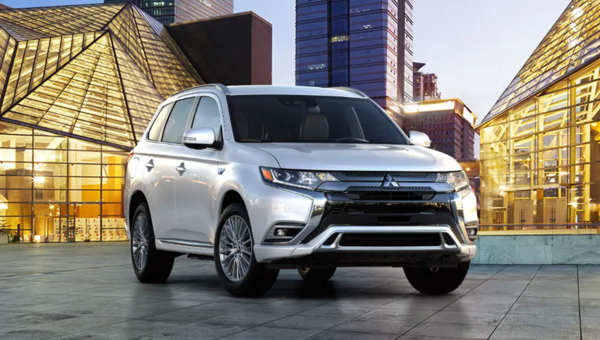 The 2019 Mitsubishi Outlander PHEV: A Best-Selling SUV
