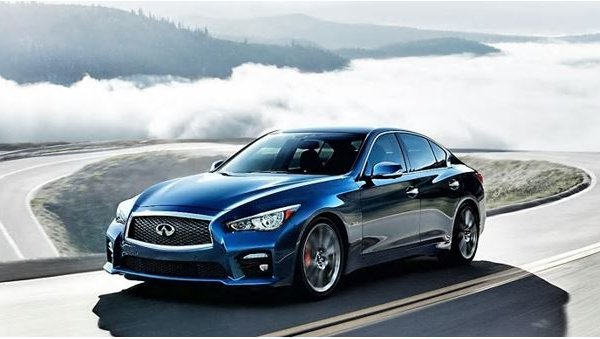 The 2017 INFINITI Q50 vs. the Competition