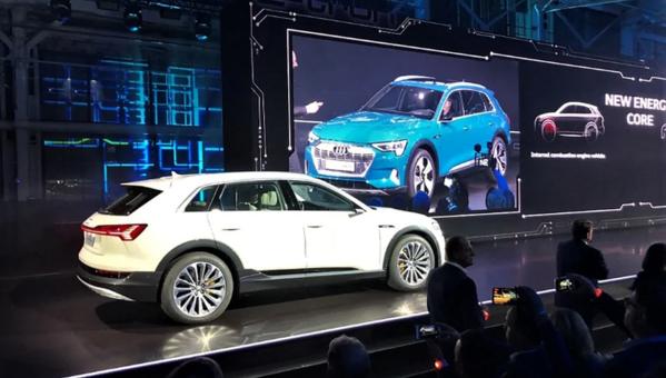 2019 Audi e-tron E55 Quattro Preview