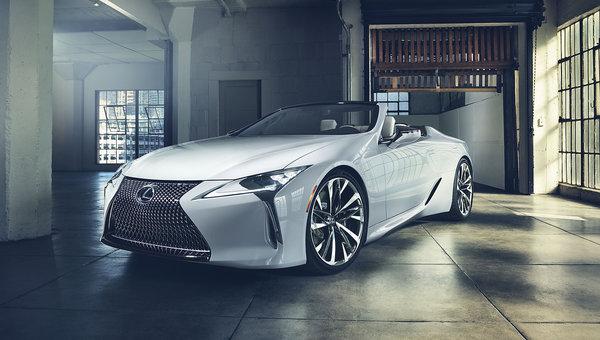 Lexus Unveils Flagship LC Convertible in Detroit