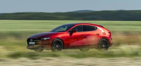 Mazda3 Skyactiv-X : l'avenir du moteur à combustion