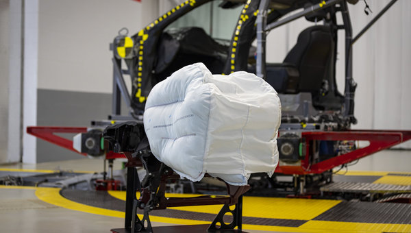 Honda unveils its new airbag