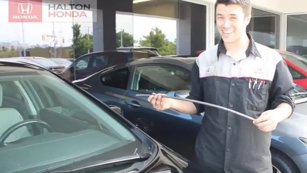 Tech Tip - Replacing your Wipers