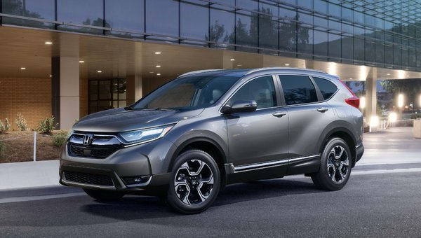 The 2019 Honda CR-V Has a Just-Right Blend of Spaciousness, Technology, and Comfort
