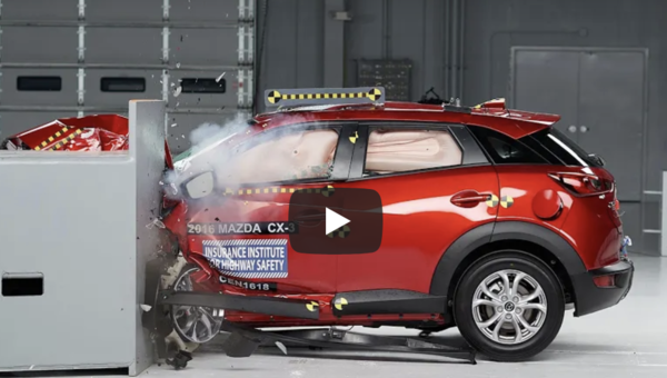 2016 Mazda CX-3 Small Overlap IIHS Crash Test