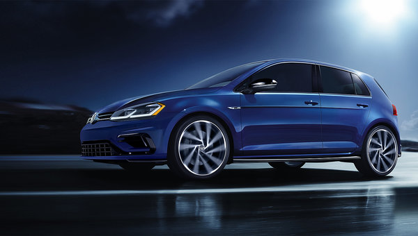 Volkswagen Golf, GTI and Golf R Lead Their Segment According to Car Guide