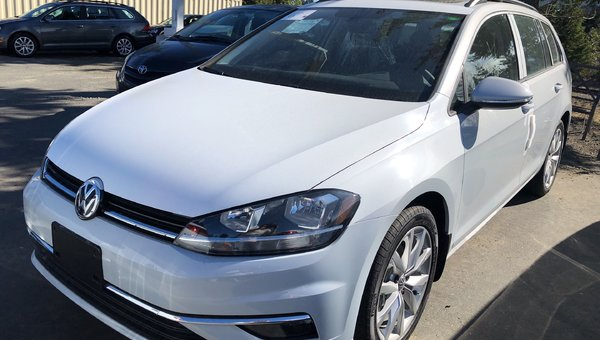 2019 Volkswagen Golf wagon S/W HIGHL 1.8L 170HP 6SP DSG AUTO TIP 4MO