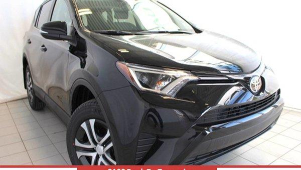 Toyota RAV4 FWD LE 20FB 2017