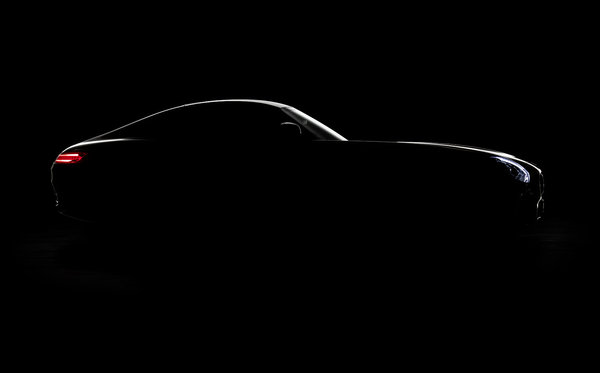 La Mercedes-Benz GT AMG s'approche
