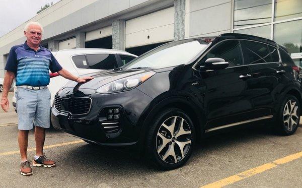 Tout premier véhicule neuf chez Kia des Laurentides !!