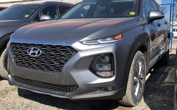 2019 Hyundai Santa Fe Preferred AWD 2.0T Panoramic Sunroof