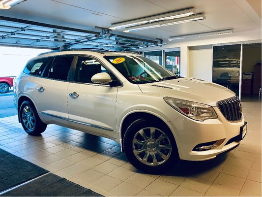 2017 Buick Enclave Leather Loaded, clean history, one owner
