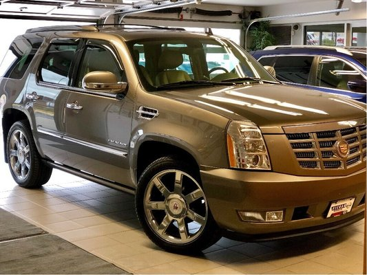 2013 Cadillac Escalade *Local trade*Clean History*Low Kms*