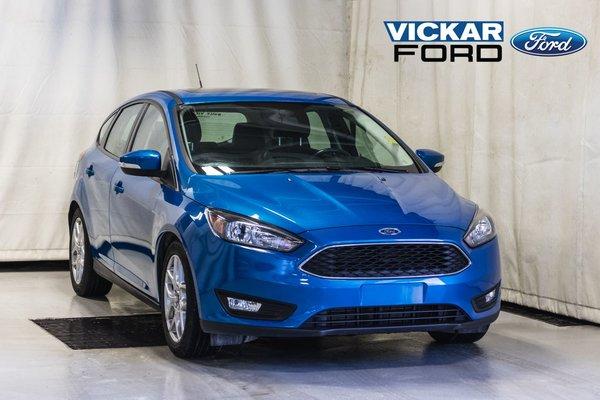 2015 Ford Focus Hatchback SE Leather & Moon & Navigation