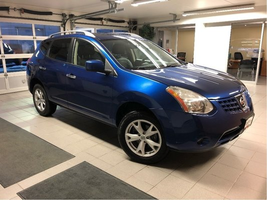 2010 Nissan Rogue SL - LEATHER / BOSE SOUND SYSTEM