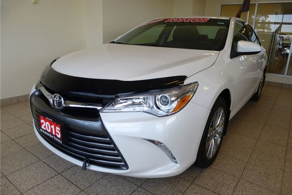 2015 Toyota Camry XLE with NAVIGATION