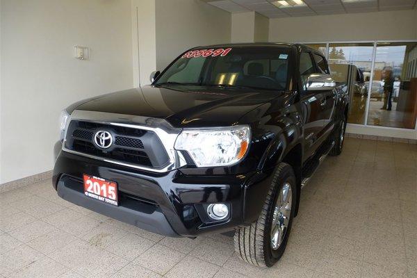 2015 Toyota Tacoma LIMITED + LEATHER + NAVI