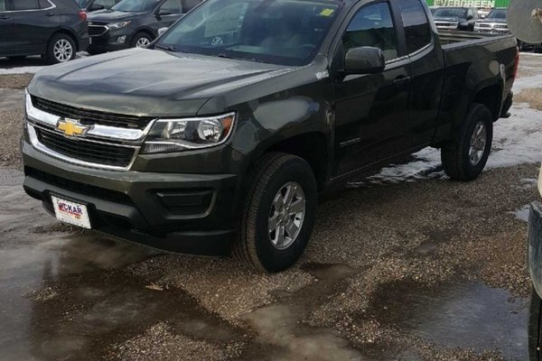 2018 Chevrolet Colorado Work Truck  -  Towing Package - $194.27 B/W