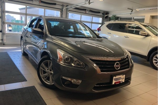 2014 Nissan Altima 2.5 SV - CLEARANCE SALE PRICE