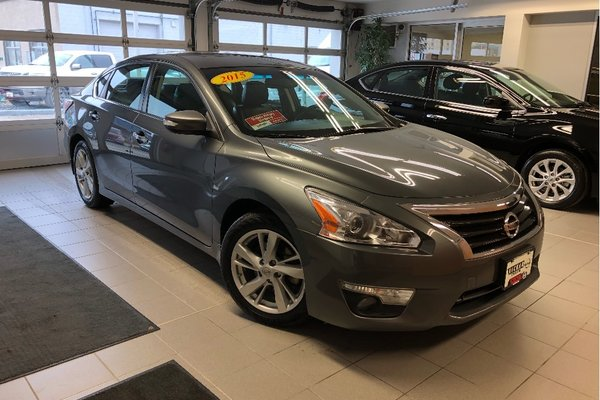 2015 Nissan Altima 2.5 SL *LOCAL TRADE* *LOW KMS*