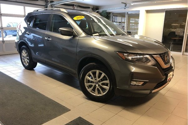2018 Nissan Rogue SV AWD - MOONROOF / REMOTE START / HEATED SEATS