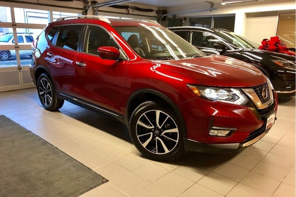 2018 Nissan Rogue SL AWD *CARFAX ACCIDENT FREE* *LOW KMS*