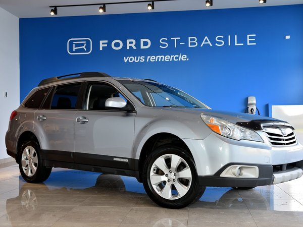 Subaru Outback 2.5L AWD / TOURING / TOIT 2012