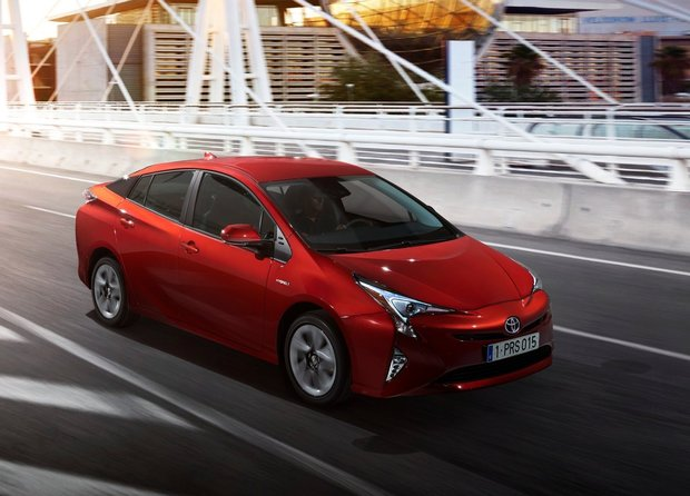 The 2016 Toyota Prius finally unveiled